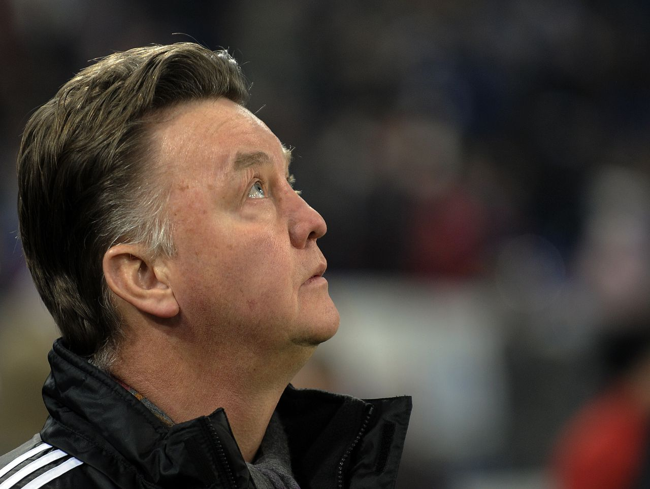 Bayern head coach Louis van Gaal of the Netherlands watches up prior the German first division Bundesliga soccer match between FC Schalke 04 and Bayern Munich in Gelsenkirchen , Germany, Saturday, Dec.4, 2010. (AP Photo/Martin Meissner) ** NO MOBILE USE UNTIL 2 HOURS AFTER THE MATCH, WEBSITE USERS ARE OBLIGED TO COMPLY WITH DFL-RESTRICTIONS, SEE INSTRUCTIONS FOR DETAILS **