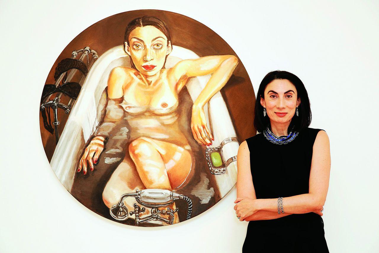 Anh Duong bij de opening van haar expositie bij Robilant+Voena in Londen, 2014