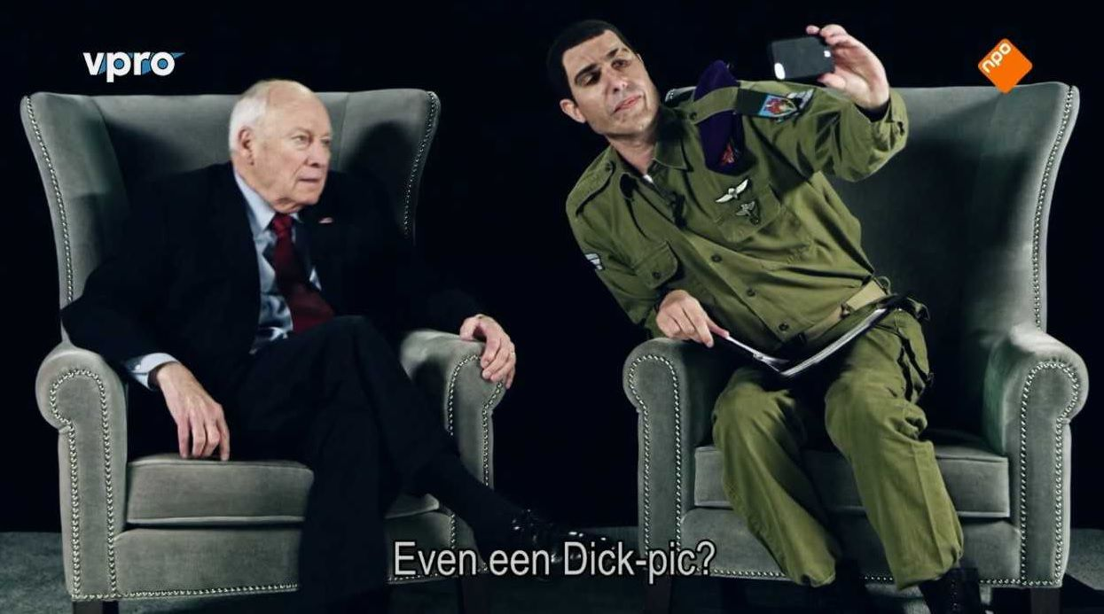 Oud-vicepresident Dick Cheney met Erran Morad (Sacha Baron Cohen) in Who is America? (VPRO)