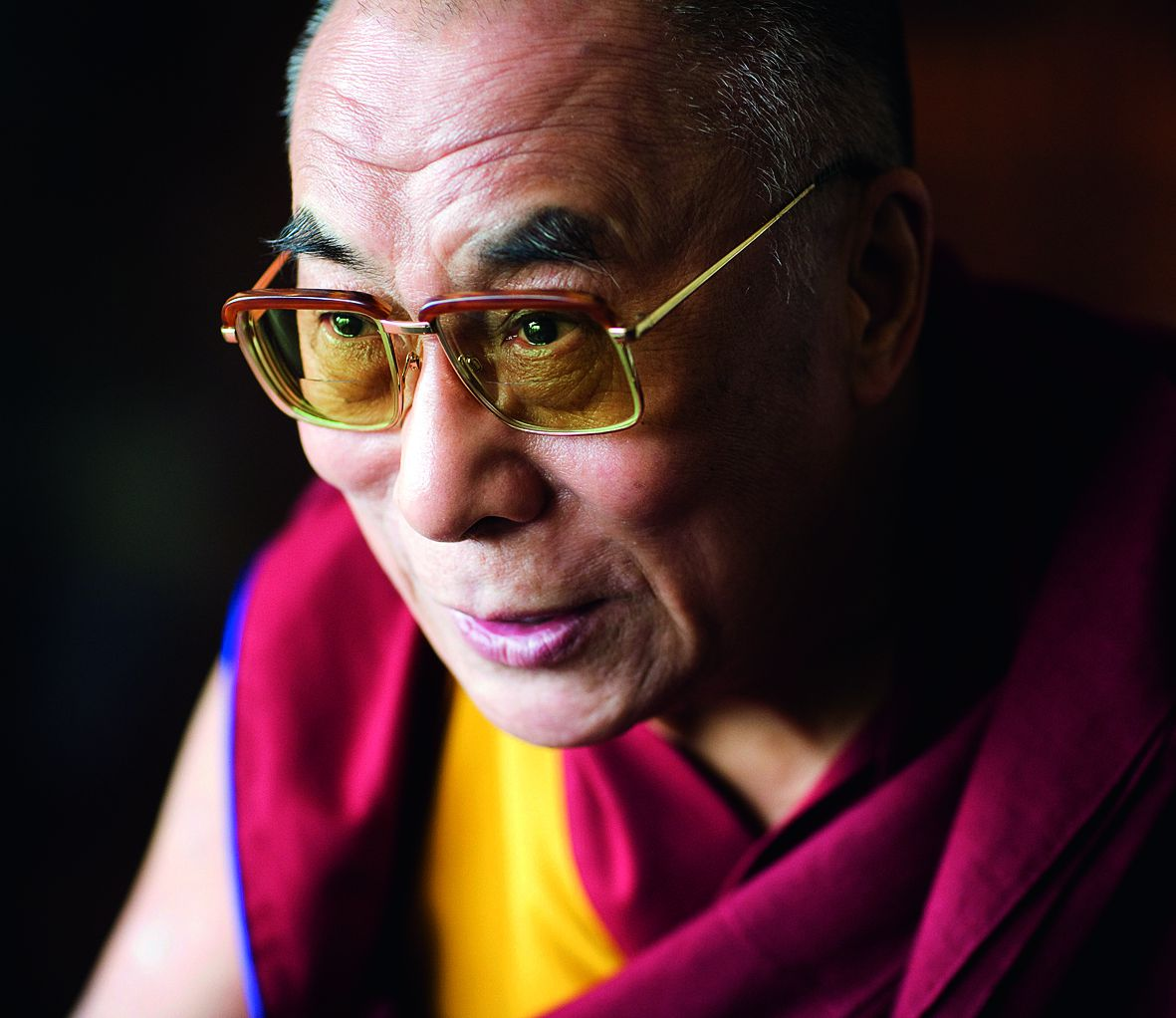 The Dalai Lama, revered spiritual leader, head of the Tibetan Government in Exile. © David Levene / eyevine Contact eyevine for more information about using this image: T: +44 (0) 20 8709 8709 E: info@eyevine.com http:///www.eyevine.com