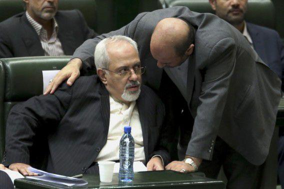 Mohammad Javad Zarif (l), de Iraanse minister van Buitenlandse Zaken, heeft verzekerd dat de Syrische regering volledig zal meewerken met de VN-inspecteurs