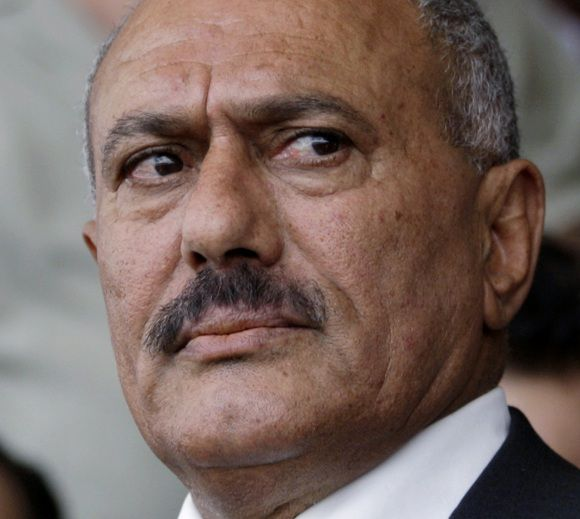 Yemen's President Ali Abdullah Saleh is seen during a rally of his supporters in Sanaa in this April 1, 2011 file photo. Saleh was injured, four of his guards killed and the speaker of parliament left in critical condition after the presidential palace was hit by shells on June 3, 2011, Al Arabiya TV reported. REUTERS/Khaled Abdullah/Files (YEMEN - Tags: POLITICS CIVIL UNREST HEADSHOT)