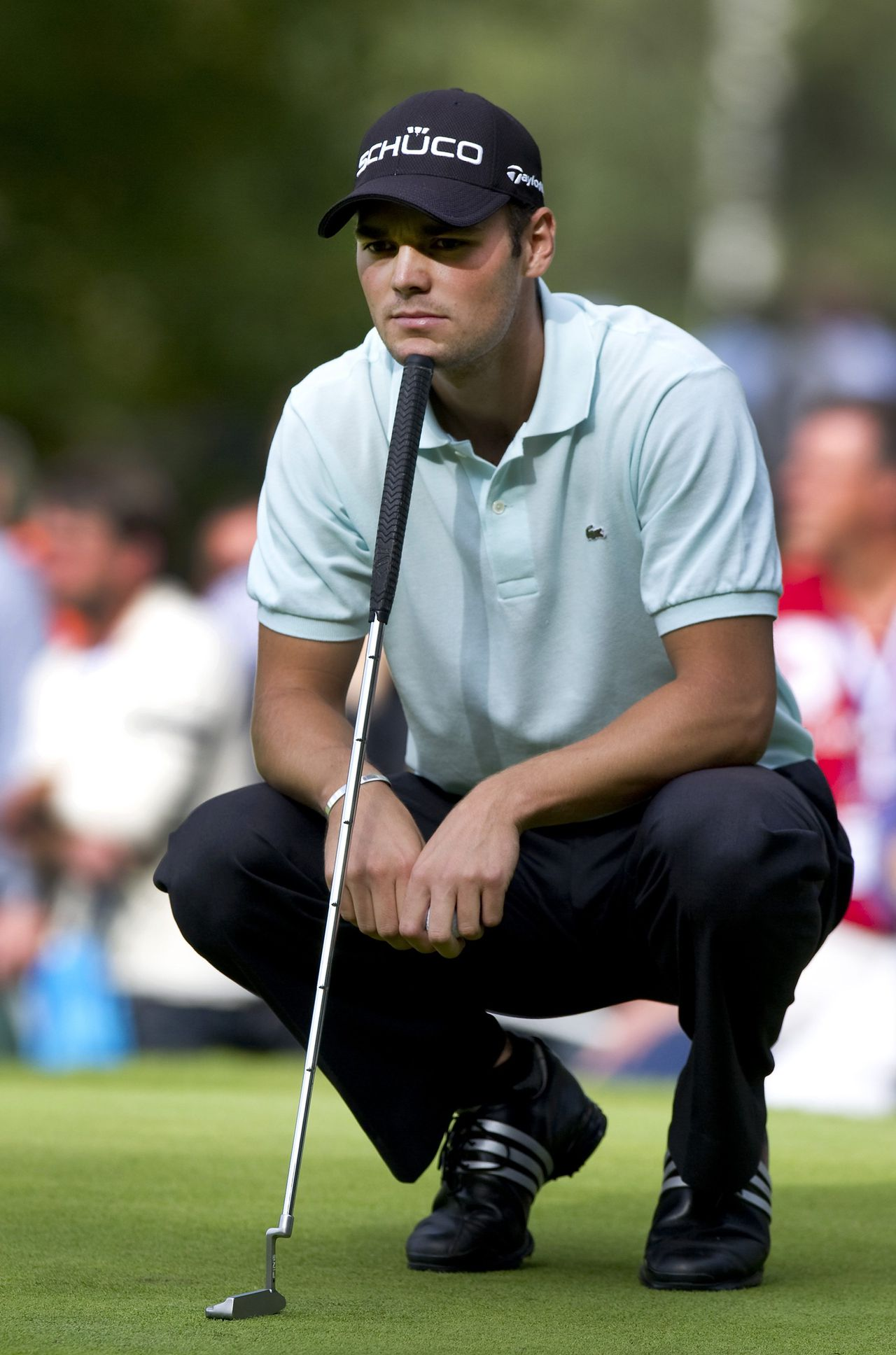 De Duitse golfer Martin Kaymer overpeinst een slag tijdens het KLM Open. Foto Reuters Germany's Martin Kaymer concentrates on the eighth hole on the final day of the KLM Open Golf Tournament in Hilversum September 12, 2010. REUTERS/Paul Vreeker/United Photos (NETHERLANDS - Tags: SPORT GOLF)