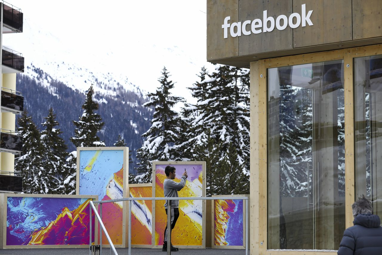 Een pop-up kantoor van Facebook bij het World Economic Forum vorige week in Davos.