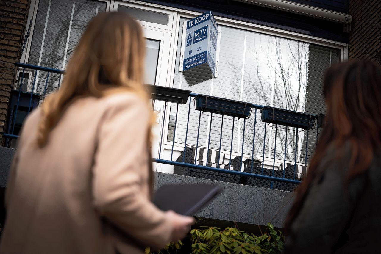 Ongeveer 15 procent van de (oud-)studenten verzwijgt zijn studieschuld bij de hypotheekadviseur. Onverstandig, vindt de AFM.