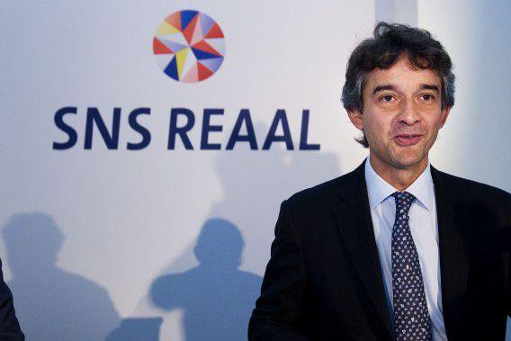 UTRECHT - Ronald Latenstein, de nieuwe CEO / voorzitter Raad van Bestuur van SNS Reaal geeft dinsdag in Utrecht een toelichting op de halfjaarcijfers van 2009. ANP ROBIN UTRECHT