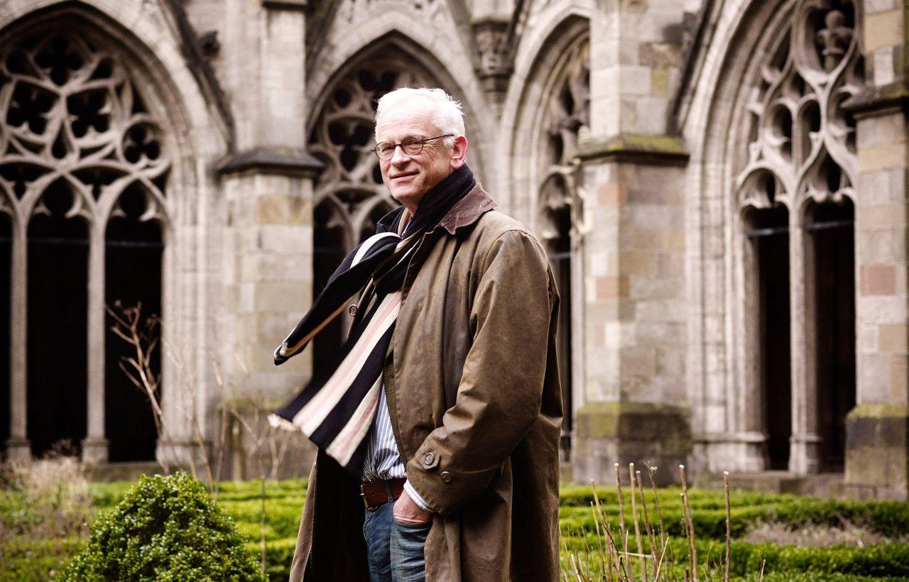 Peter Raedts in de kloostertuin van de Utrechtse Domkerk, in 2013.