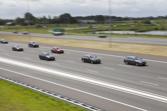 Nederland, Abcoude,20-07-2012. A2 snelweg, met in totaal 10 rijbanen tussen Abcoude en Maarsen. Foto: Marco Hillen/HH