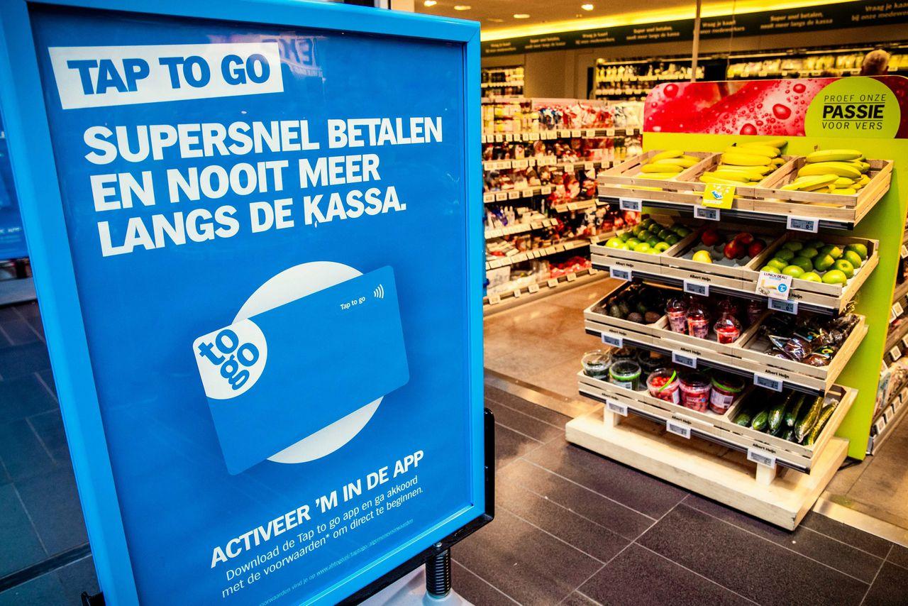 Kassaloos winkelen in de AH to go-winkel in het AMC.
