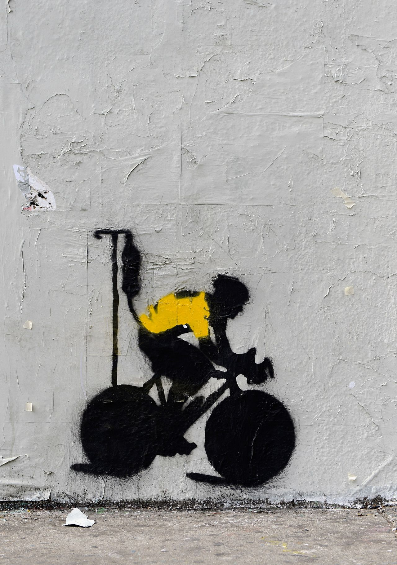 LOS ANGELES, CA - JANUARY 23: A stencil graffiti depicting cyclist Lance Armstrong in a yellow jersey, the traditional garb of the seven-time Tour De France winner, attached to an IV drip is pictured on the side of a building on January 23, 2013 in Los Angeles, California. Armstrong recently admitted to using performance enhancing drugs after being found guilty by the United States Anti-Doping Agency and stripped of his titles. Kevork Djansezian/Getty Images/AFP == FOR NEWSPAPERS, INTERNET, TELCOS & TELEVISION USE ONLY ==