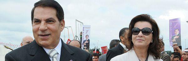 Ben Ali met zijn vrouw Leila tijdens de presidentsverkiezingen in oktober 2009.