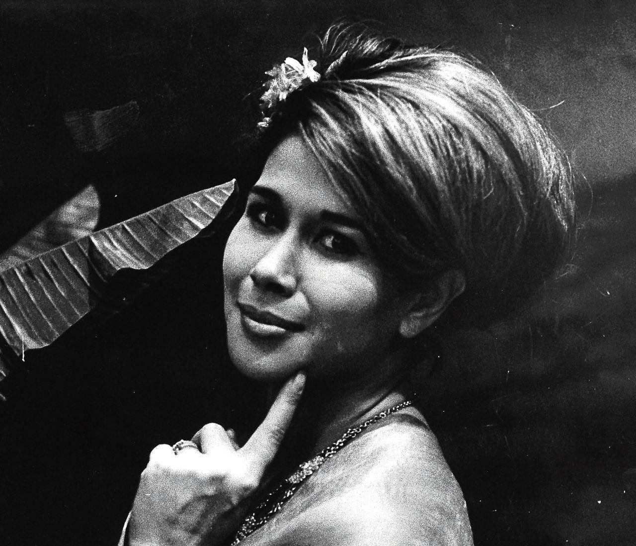 De vrijdag overleden Anneke Grönloh in 1968.