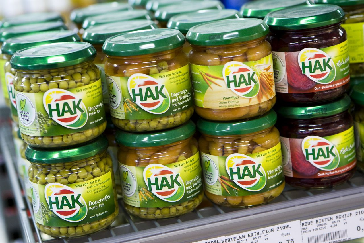 HAK-producten in een supermarkt.