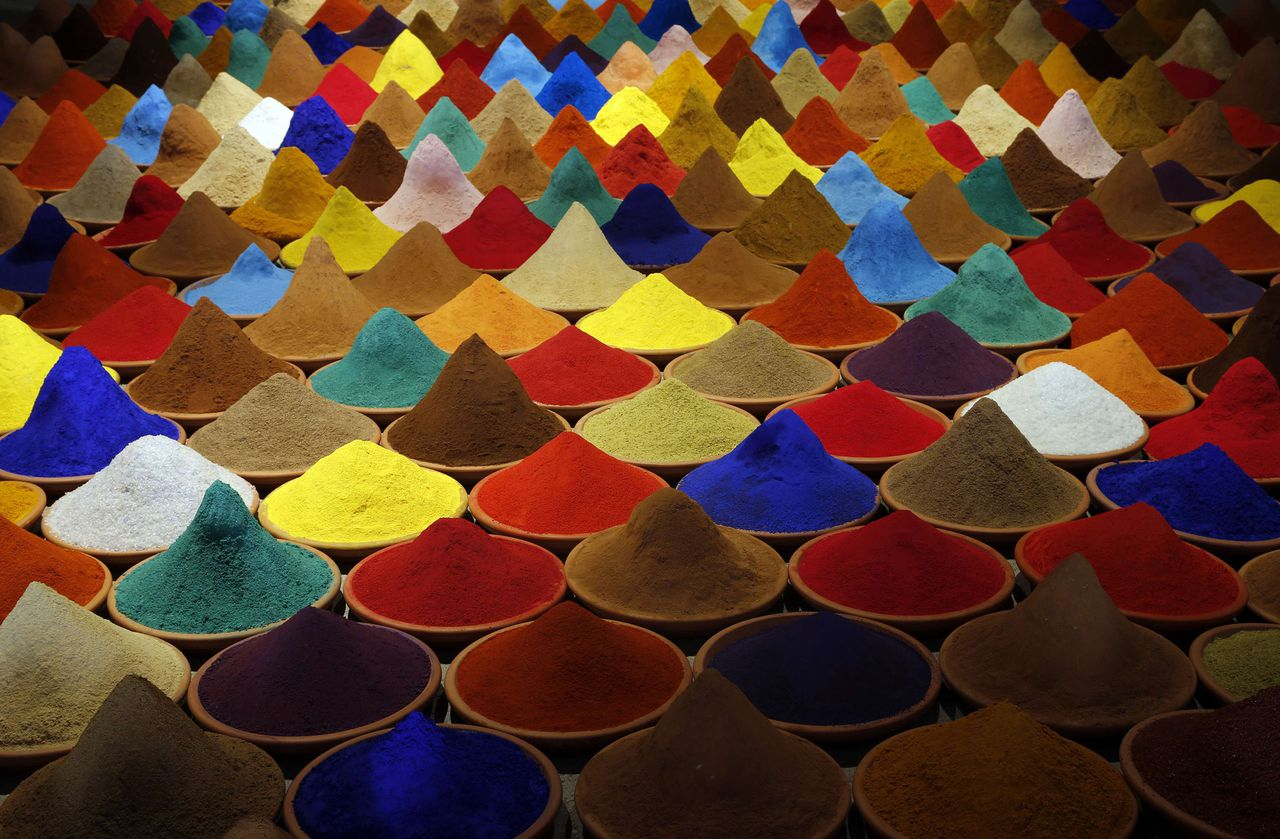 """Part of an installation called """"Campo de Color"""" by Bolivian artist Sonia Falcone is pictured during the 55th La Biennale of Venice May 28, 2013. The exhibition runs till September 15. REUTERS/Stefano Rellandini (ITALY - Tags: SOCIETY)"""