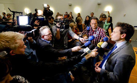 Advocaat Frank van Gaal staat de pers te woord na de uitspraak in de zaak van Steur.