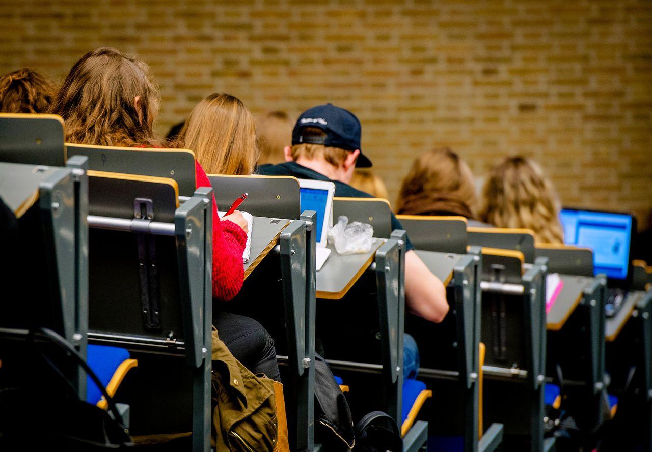 Collegezaal van Tilburg University.