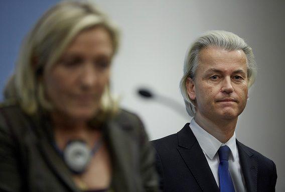 PVV-leider Geert Wilders in november tijdens een gezamenlijke persconferentie met de leider van het Franse Front National, Marine Le Pen.