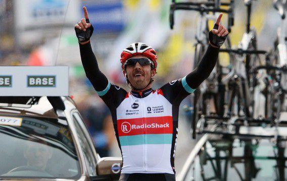 Cancellara bij de finish van de 97e editie van de Ronde van Vlaanderen.