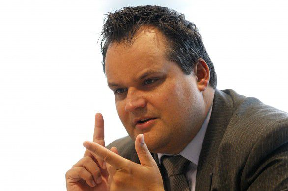 Minister De Jager vindt de cijfers 'echt tegenvallen'. Foto AP / Bas Czerwinski