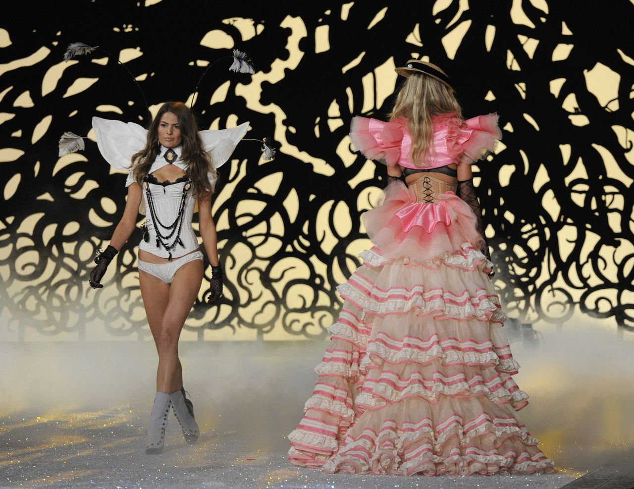 Models present creations at the Victoria's Secret Fashion Show November 9, 2011 in New York. The show will be broadcast Tuesday, November 29, 2011. AFP PHOTO/TIMOTHY A. CLARY