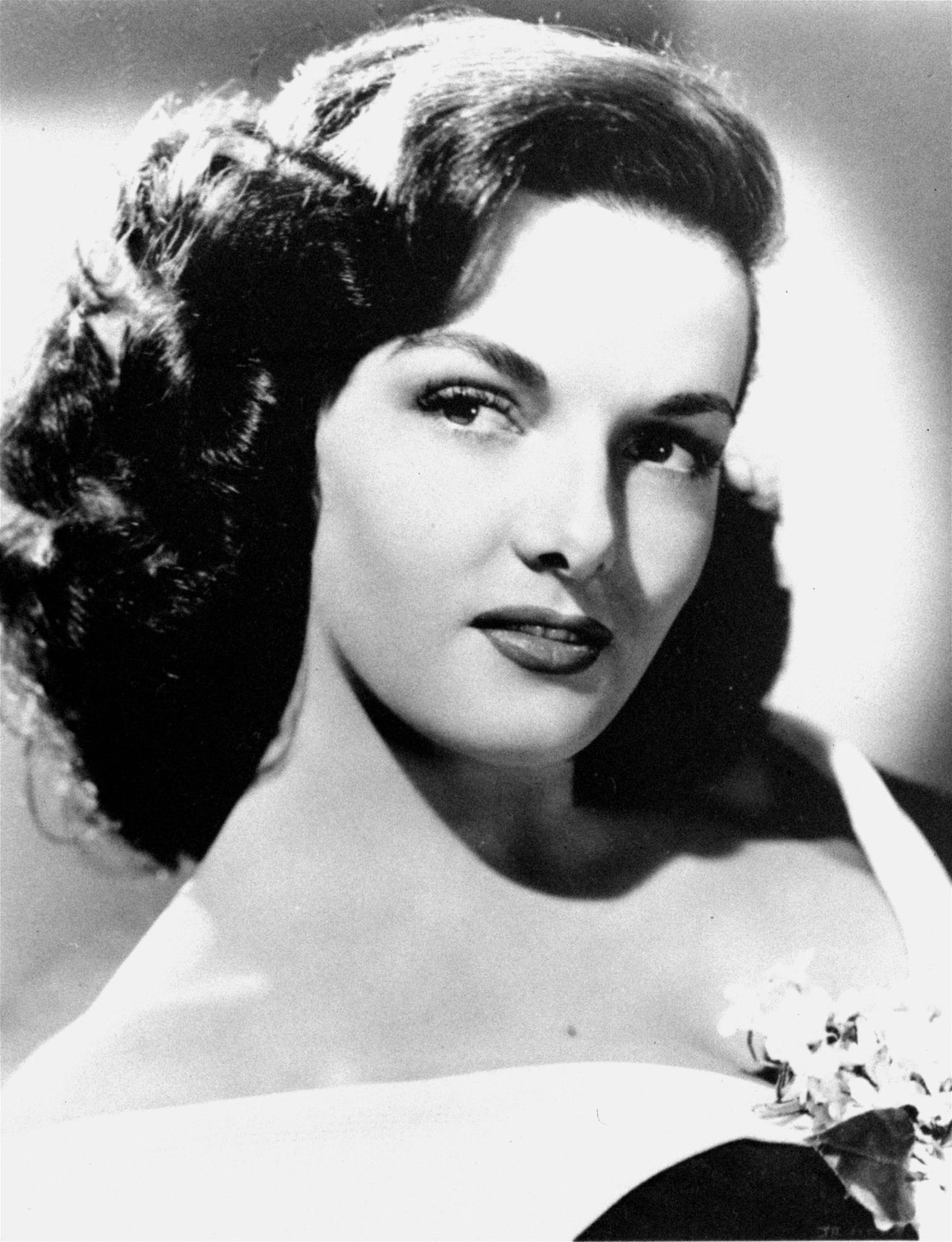 "Uit His Kind of Woman. Jane Russell claims her role as a sultry songstress in RKO Radio's 1951 romantic melodrama, ""His Kind of Woman"". (AP Photo/RKO)"