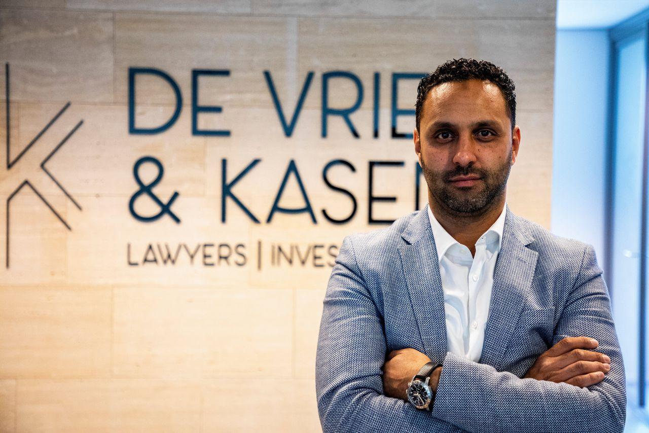 """Advocaat Khalid Kasem is blij met de uitspraak van de Orde van Advocaten. """"De uitkomst is geen verrassing voor mij."""""""