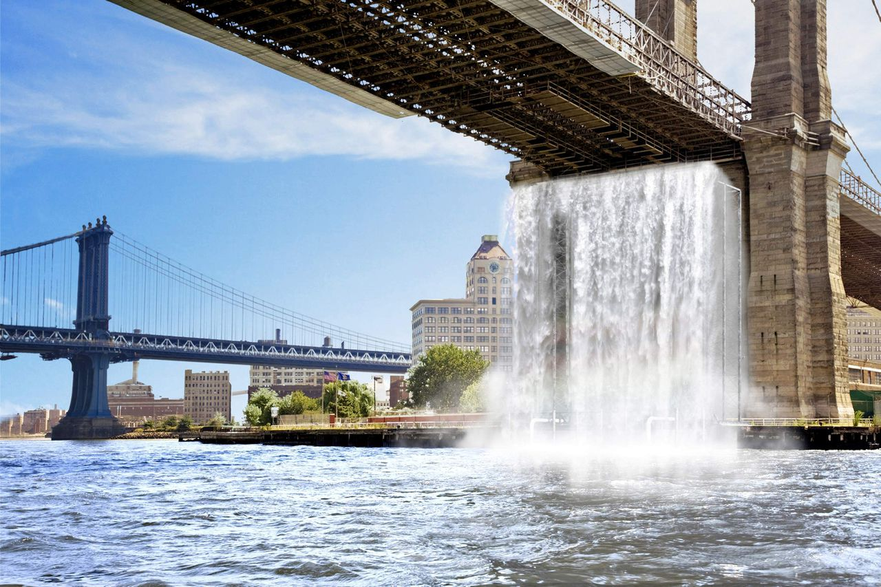 Olafur Eliasson: Waterval onder de Brooklyn Bridge. Foto Reuters An artist's rendering of the New York City Waterfalls project, proposed by Danish artist Olafur Eliasson, is seen here in this undated handout photo. Four giant waterfalls will be erected in New York for three months this summer in a public art project city officials hope will create $55 million in extra tourism revenue for the Big Apple. The waterfalls, including one that will fall from the famed Brooklyn Bridge, are the brainchild of Eliasson. They will cost $15 million, to be funded by private donations to New York's Public Art Fund. REUTERS/Olafur Eliasson- Courtesy Public Art Fund/Handout (UNITED STATES). EDITORIAL USE ONLY. NOT FOR SALE FOR MARKETING OR ADVERTISING CAMPAIGNS.