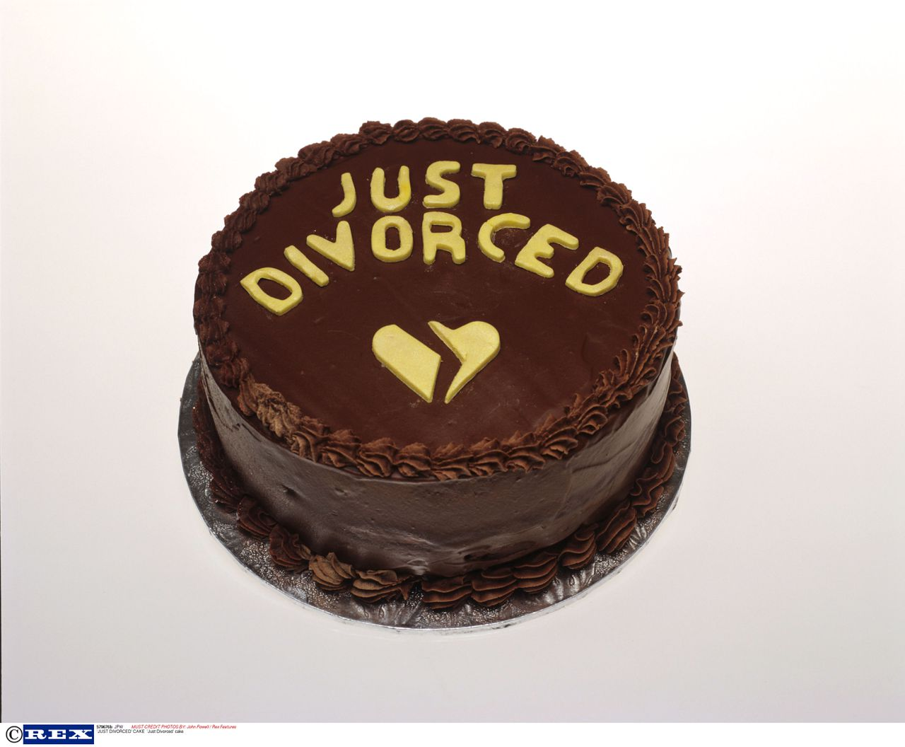 Mandatory Credit: Photo By John Powell / Rex Features 'Just Divorced' cake 'JUST DIVORCED' CAKE
