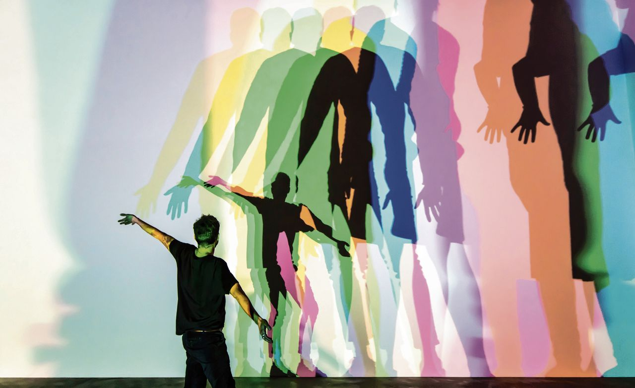 Olafur Eliasson, Your uncertain shadow (colour) (2010)