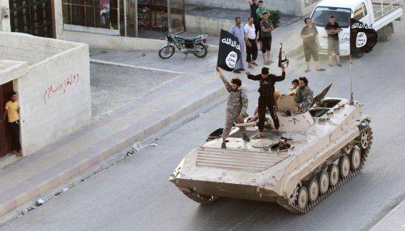 IS-strijders in de provincie Raqqa in Syrië.