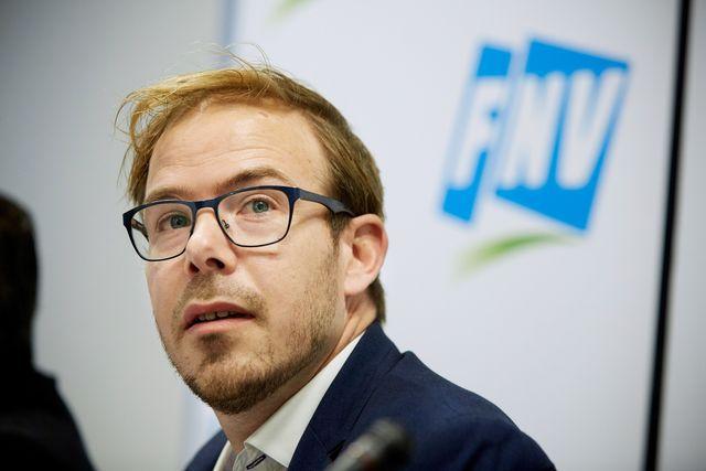 Vicevoorzitter van FNV Gijs van Dijk, die overstapt naar de PvdA.