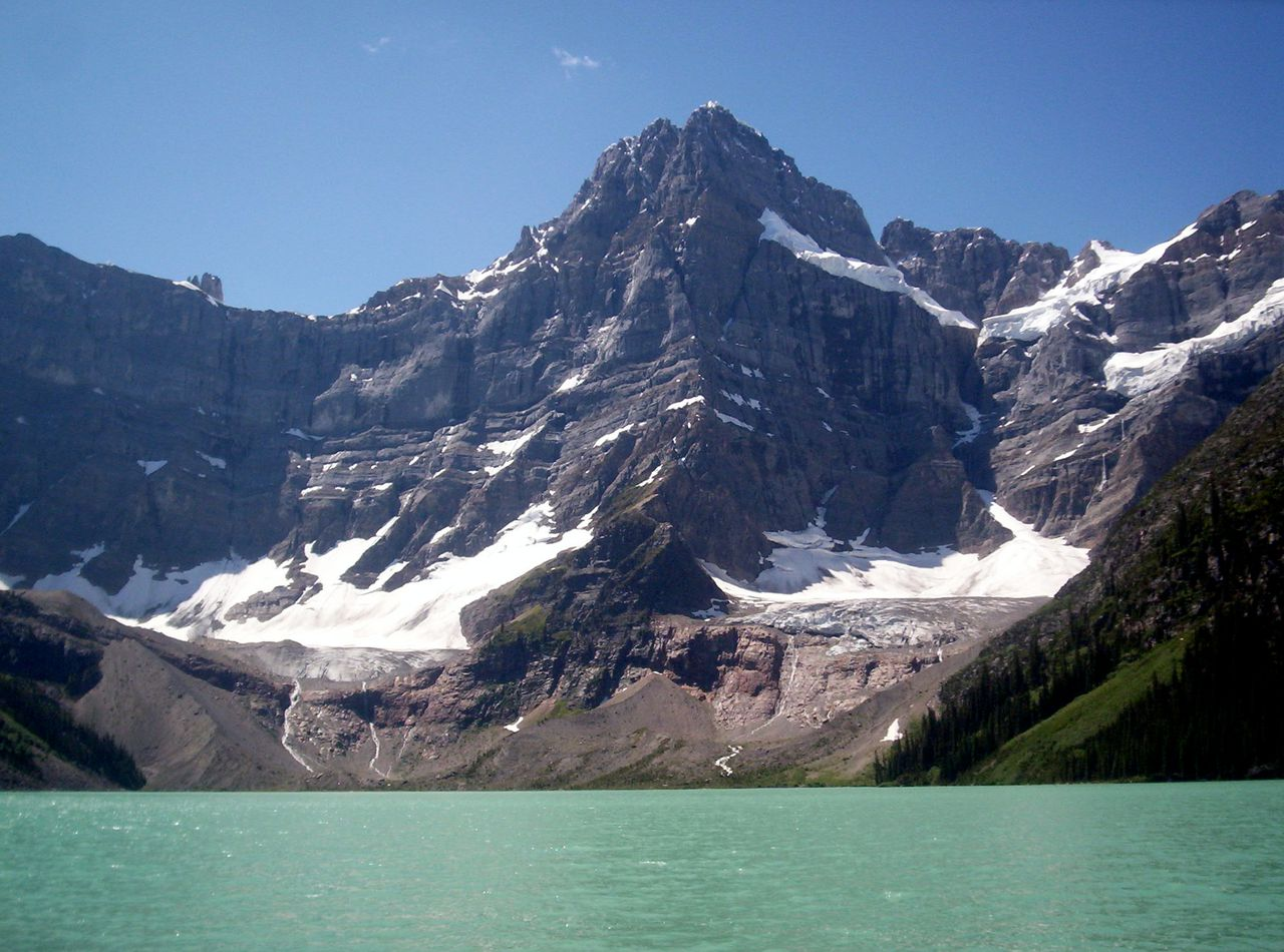 De berg Howse Peak in de Canadese Rocky Mountains.