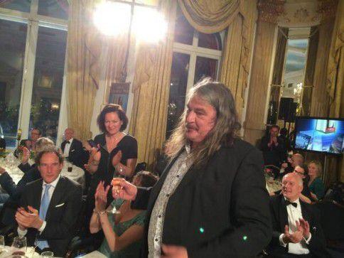 Ilja Leonard Pfeijffer heeft zojuist te horen gekregen dat hij met zijn roman 'La Superba' de Libris Literatuurprijs heeft gewonnen, een van de grootste literaire prijzen van Nederland.