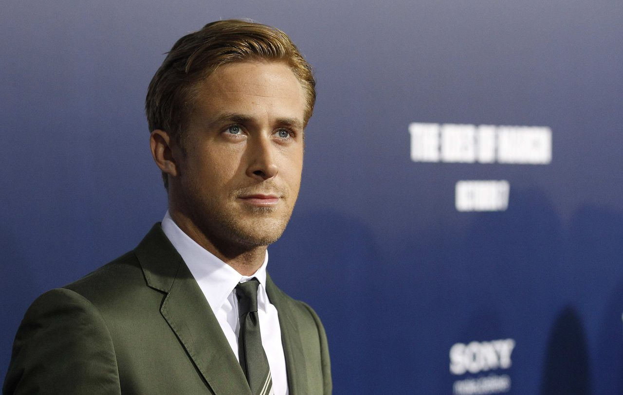 "Cast member Ryan Gosling poses at the premiere of ""The Ides of March"" at the Samuel Goldwyn theatre in Beverly Hills, California September 27, 2011. The movie opens in the U.S. on October 7. REUTERS/Mario Anzuoni (UNITED STATES - Tags: ENTERTAINMENT HEADSHOT)"