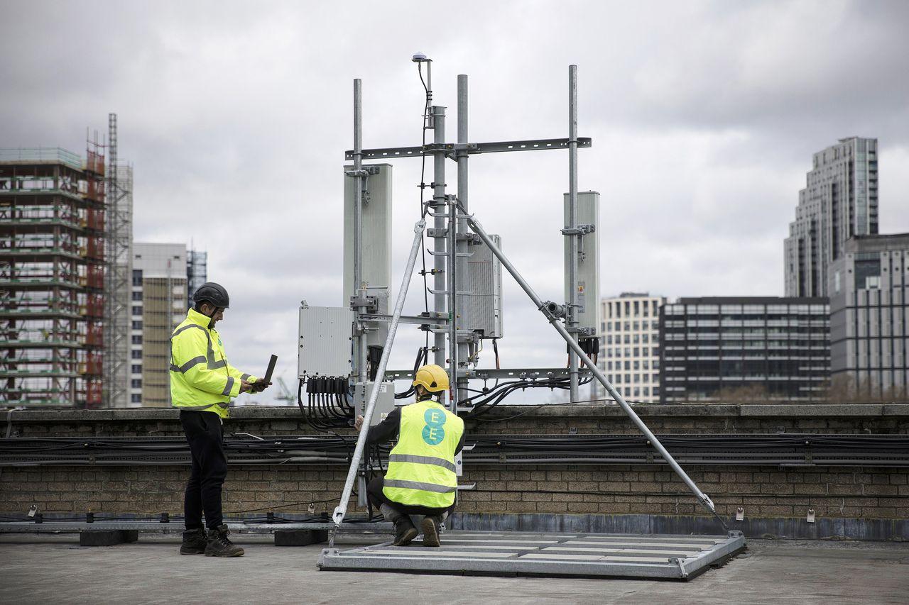 Werkzaamheden aan 5G-masten van Huawei