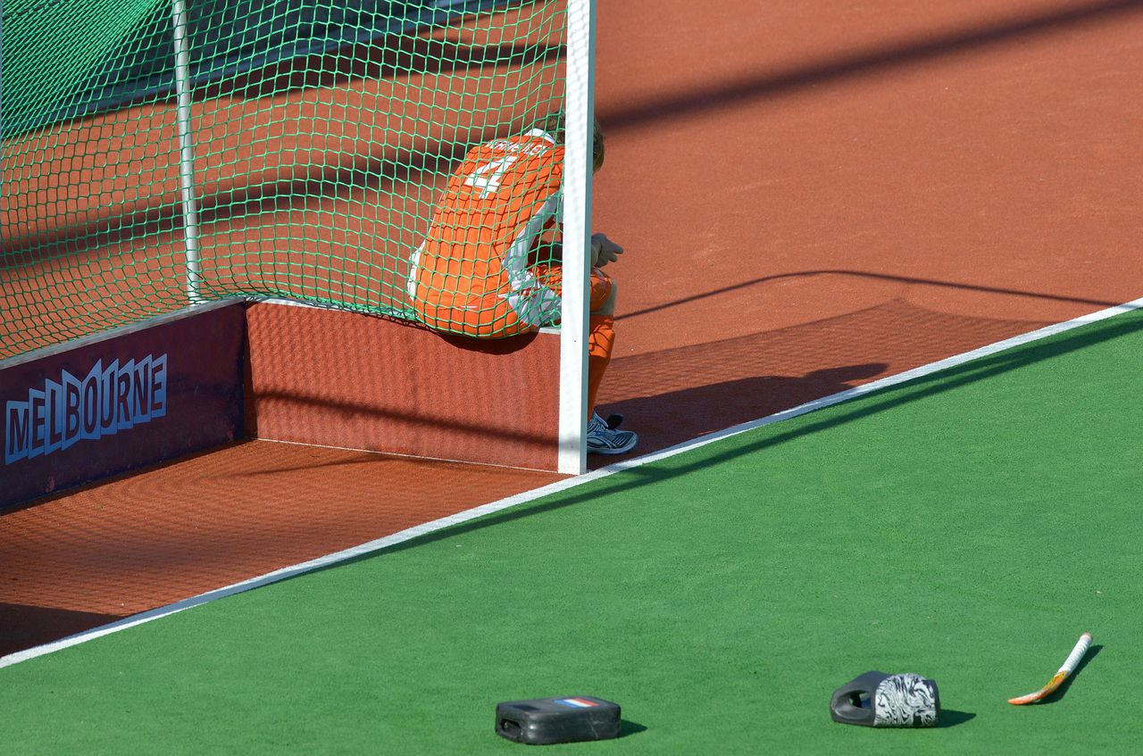 Captain Klaas Vermeulen of the Netherlands reacts after Australia scores a golden goal in the gold medal match to win the men's Hockey Champions Trophy tournament in Melbourne on December 9, 2012. Australia won the match 2-1 in extra time. IMAGE STRICTLY RESTRICTED TO EDITORIAL USE - STRICTLY NO COMMERCIAL USE AFP PHOTO/Paul CROCK