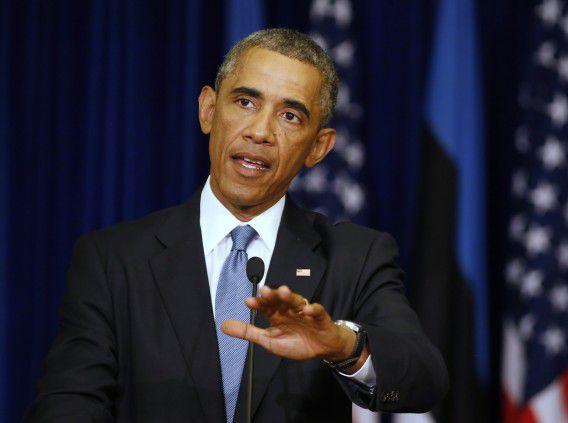 President Barack Obama tijdens een gezamenlijke persconferentie met zijn Estse college Toomas Hendrik.