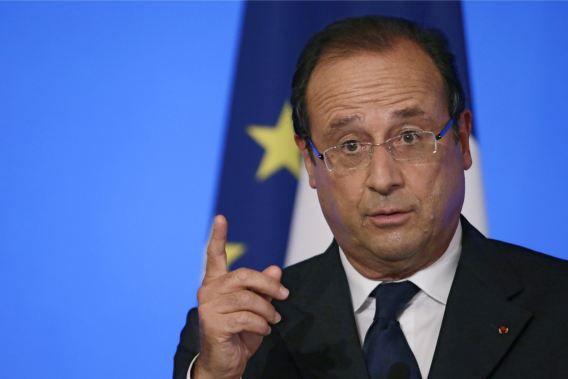 De Franse president Hollande laat weten dat de stem tegen militair ingrijpen vanuit het Britse parlement de beslissing van Frankrijk niet beïnvloedt.