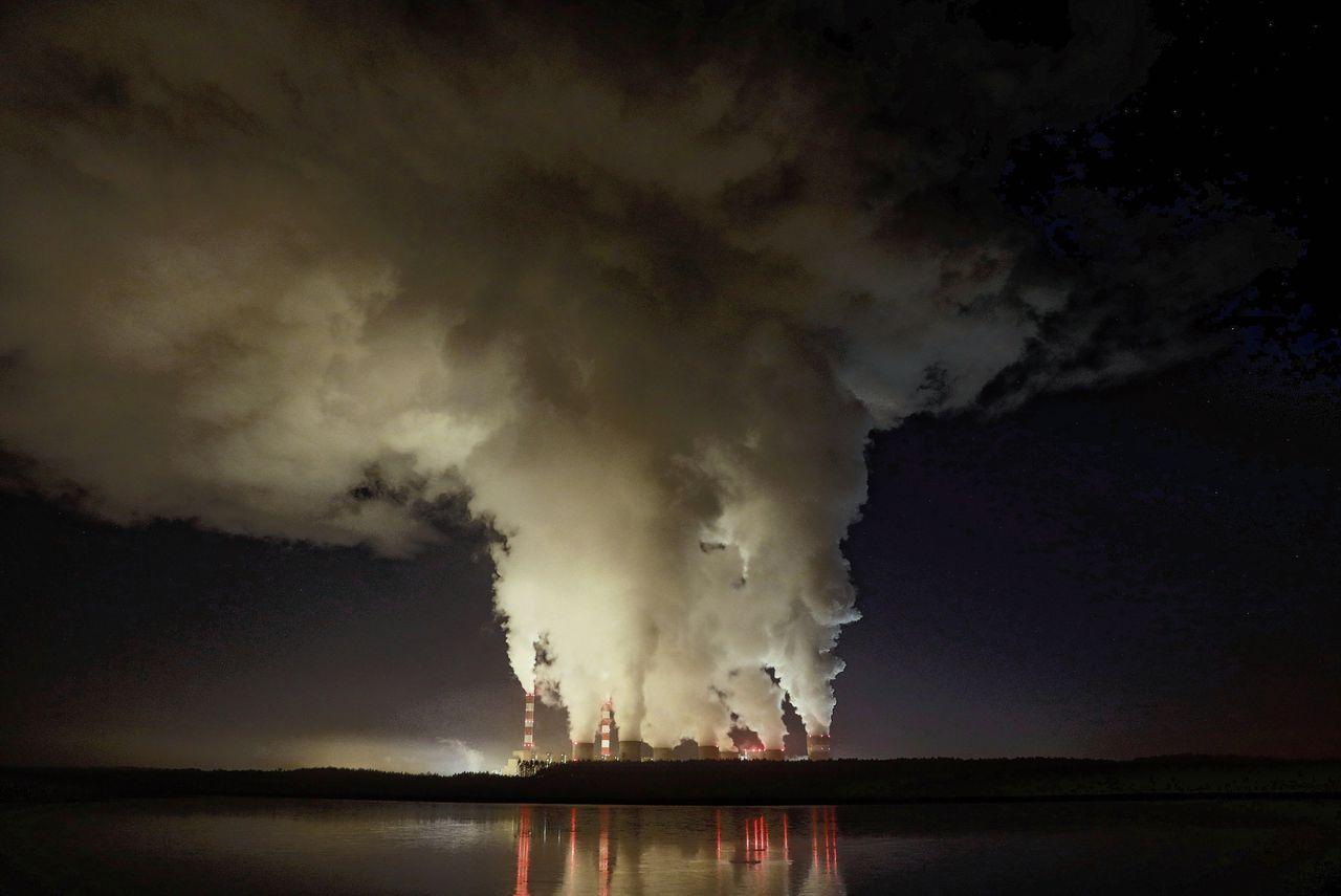 Europa's grootste kolencentrale, in de buurt van het Poolse Belchatov.