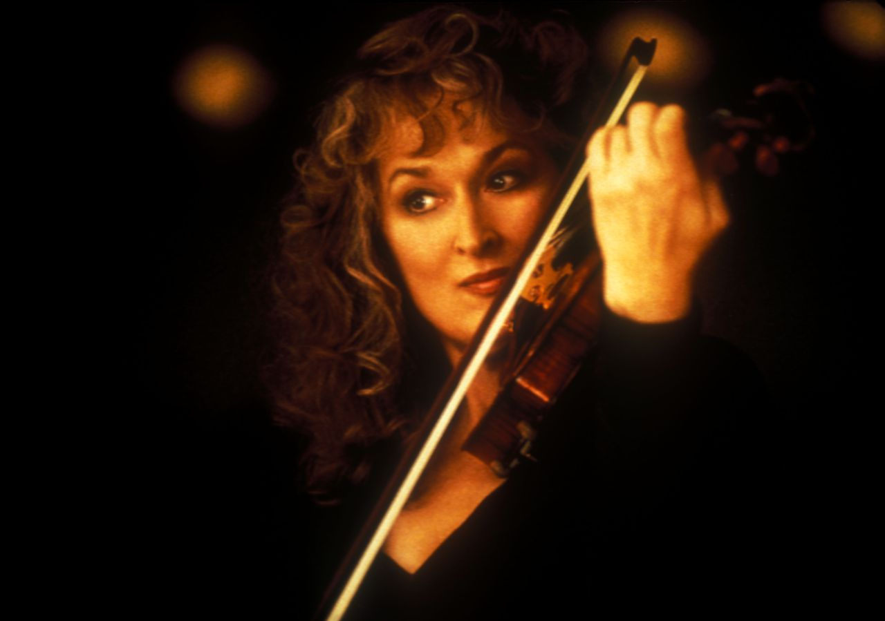 Music Of The Heart (1999) Pers: Meryl Streep Dir: Wes Craven Ref: MUS029AM Photo Credit: [ Miramax / The Kobal Collection / Hayes, Kerry ] Editorial use only related to cinema, television and personalities. Not for cover use, advertising or fictional works without specific prior agreement