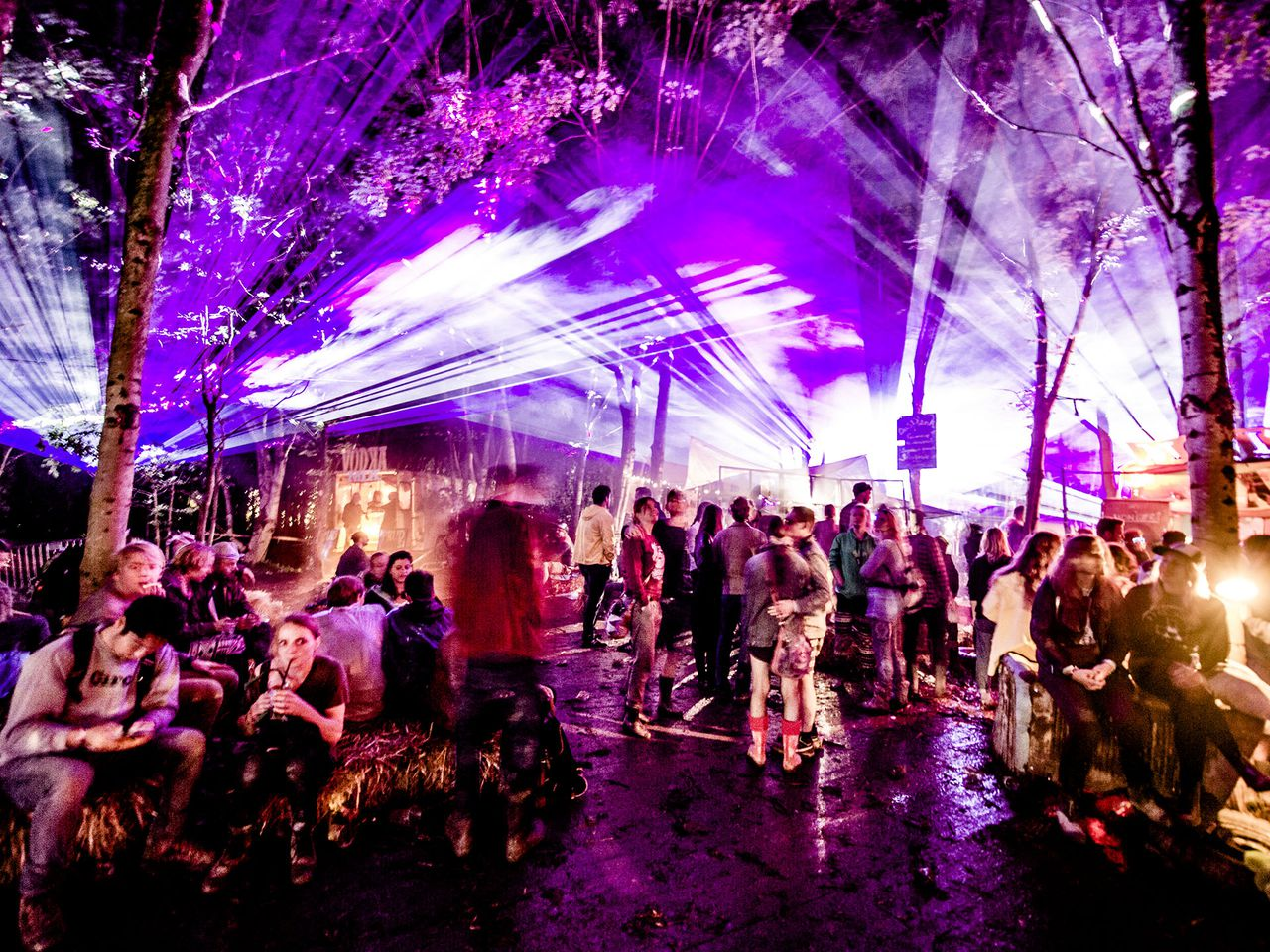 Sfeer op Down the Rabbit Hole festival.