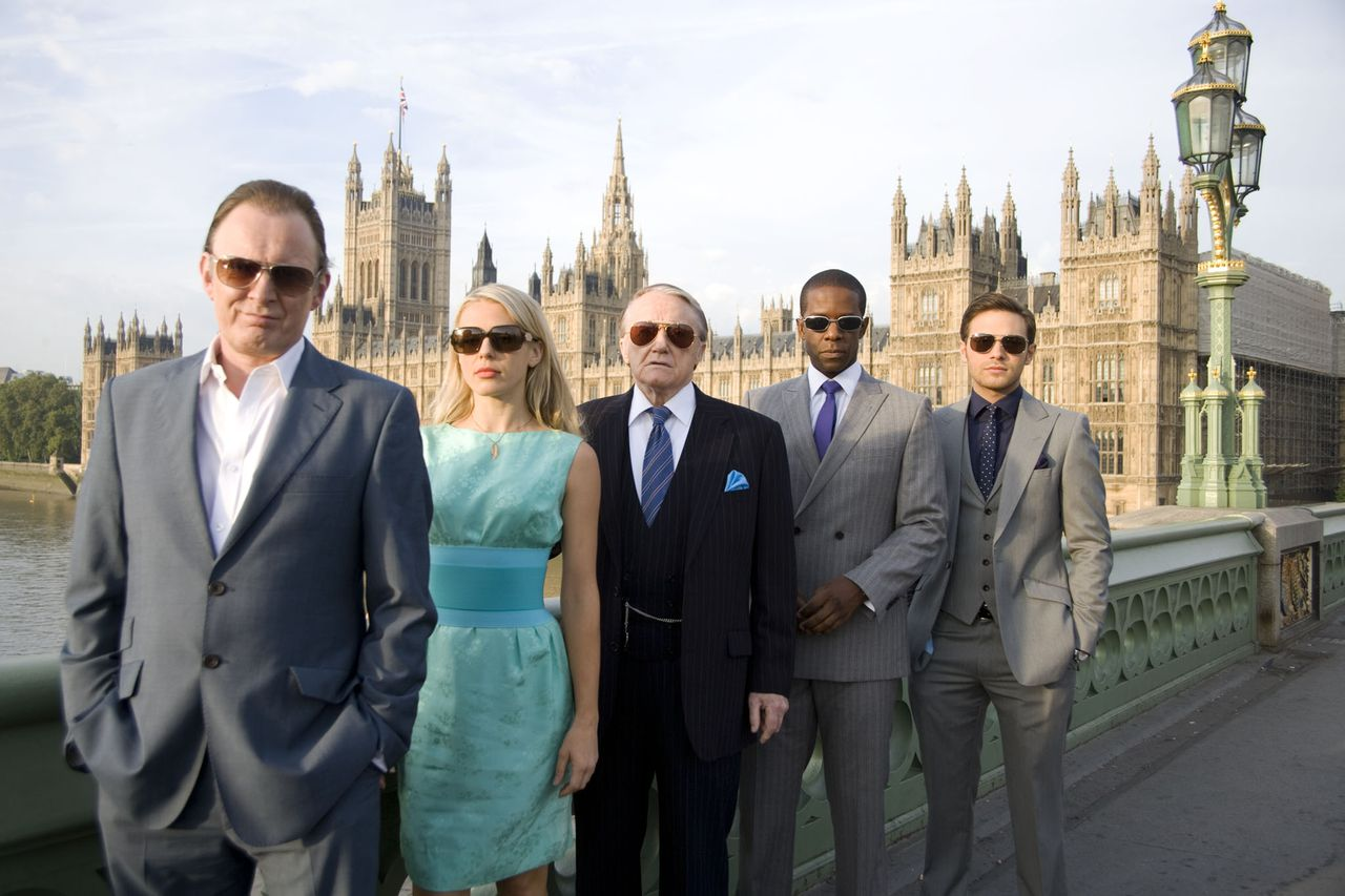 ** This picture is embargoed 23rd December 2010 ** HUSTLE BBC ONE Picture shows: (L TO R) ROBERT GLENISTER as Ash, KELLY ADAMS as Emma, ROBERT VAUGHN as Albert, ADRIAN LESTER as Mickey, and MATT DI ANGELO as Sean.