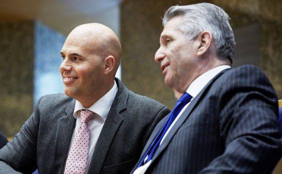 Joram van Klaveren (links) en Louis Bontes tijdens een vragenuurtje in de Tweede Kamer op 13 mei.