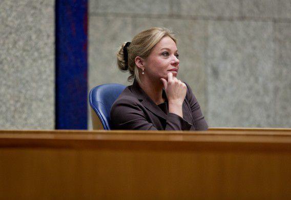 Minister van Defensie Jeanine Hennis-Plasschaert in de Tweede Kamer.