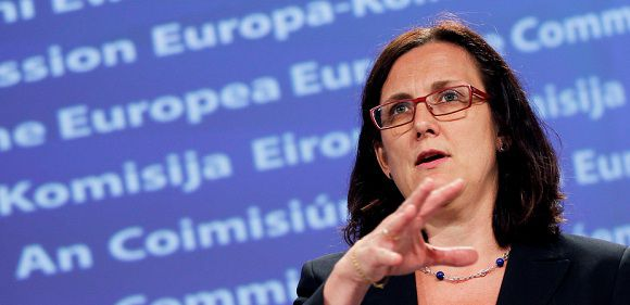 Caption: European Home Affairs Commissioner Cecilia Malmstrom addresses a news conference on the EU policy against corruption at the EU Commission headquarters in Brussels June 6, 2011. REUTERS/Francois Lenoir (BELGIUM - Tags: CRIME LAW POLITICS BUSINESS)