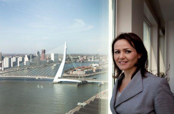 """PvdA-Kamerlid Albayrak: """"Wilders is voor de democratische oplossing. Maar daar zit hem nou juist de moeilijkheid."""""""