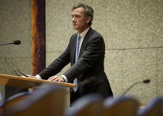 VVD-Kamerlid Matthijs Huizing tijdens het debat over de wijziging van de Mediawet.