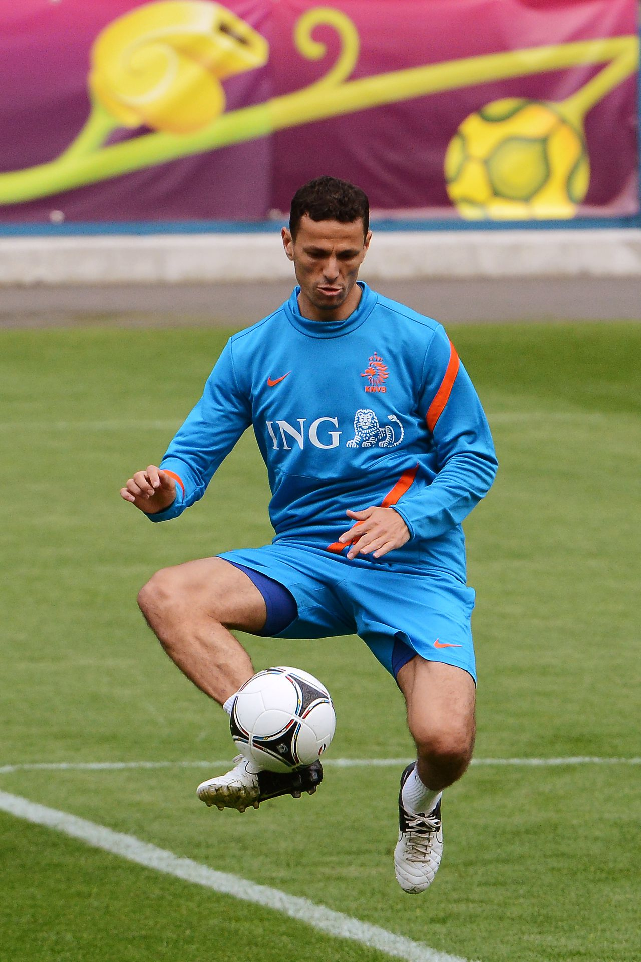 Khalid Boulahrouz controls the ball during a training session of the Netherlands at the Euro 2012 soccer championships in Krakow, Poland, Wednesday, June 6, 2012. (AP Photo/Geert Vanden Wijngaert)