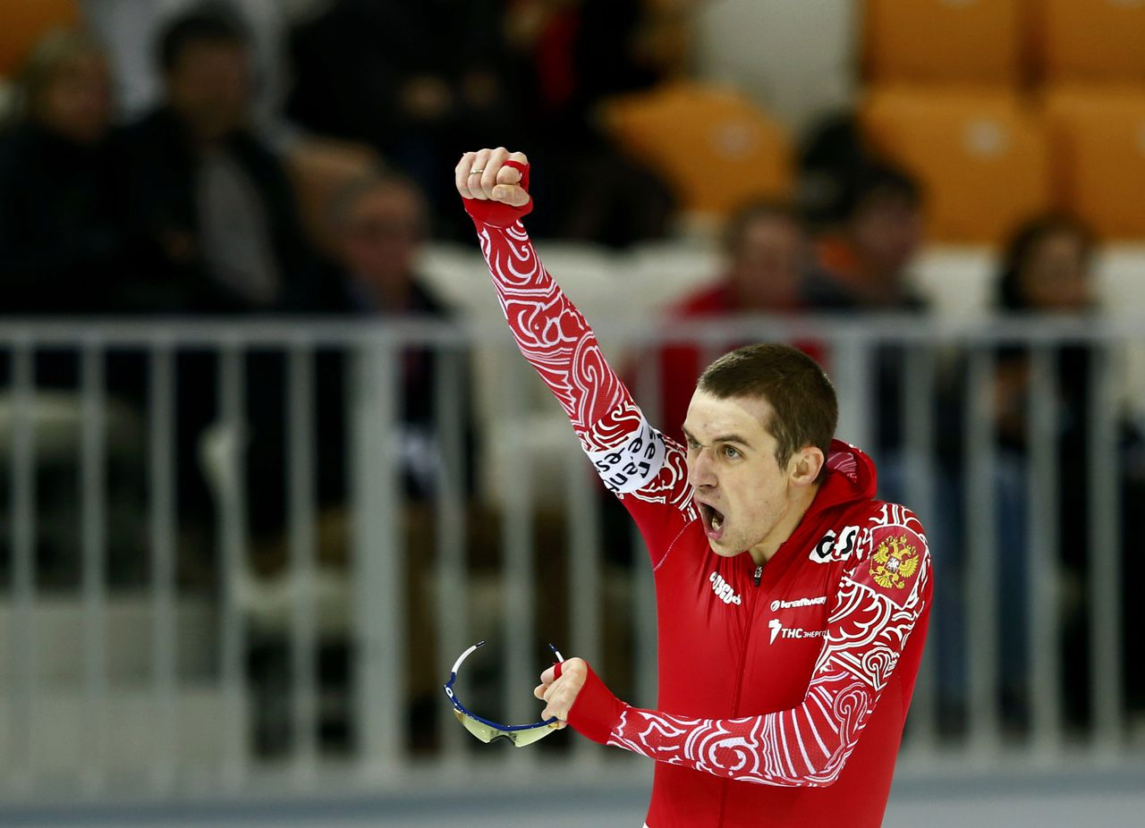 Denis Yuskov of Russia celebrates as he won the men's 1500m speed skating event at the Essent ISU World Single Distances Championships 2013 in Sochi March 21, 2013. REUTERS/Grigory Dukor (RUSSIA - Tags: SPORT SPEED SKATING)