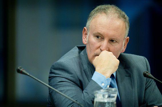 Timmermans waarschuwde meermaals dat hij zijn Facebooksite zou afsluiten bij aanhouden van agressieve reacties.